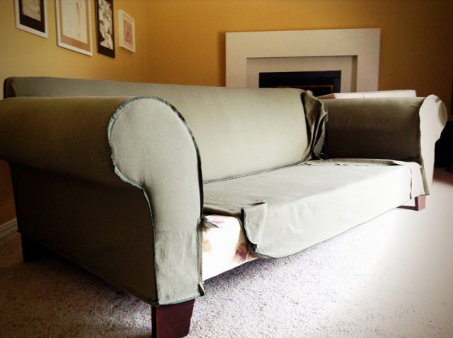 making a fitted slipcover for my couch
